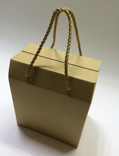 【台北紙盒包裝工廠】台北有一家專業的包裝紙盒印刷工廠,請他們客製化的牛皮紙盒雖然外觀很樸素,但是質感真的很好耶!報價也很清晰不模糊!